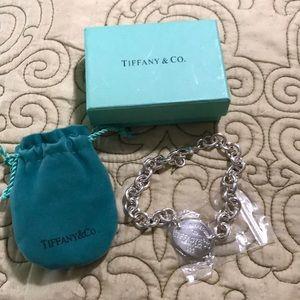 "9"" silver plated faux Tiffany Bracelet"